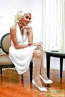 Thai ladyboy dresses up as Marilyn Monroe