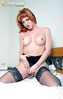 Redhead tranny sucks dick