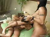 Hot threesome with latina shemales
