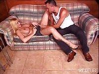 Busty TS Fabiola drills Fabricio