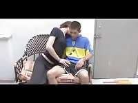 Guy fucks tranny teen on the arm-chair