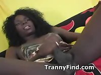 Black tranny cums