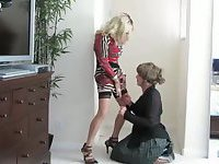 Sherry Cortney and Samantha get acquainted
