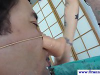 Shemale tgirl cums all over his face