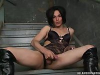 Sexy brunette kitty is at your service