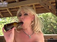 Joanna Jet  A Bottle of Beer