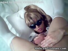 Tranny In Stockings & Glasses Hot Wanking at gotranny.com