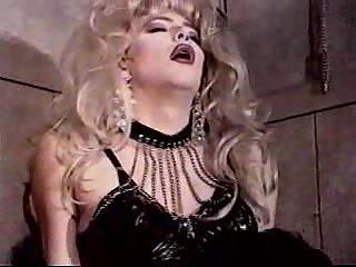 Blonde Travesti Toying & Fucking Her Lover