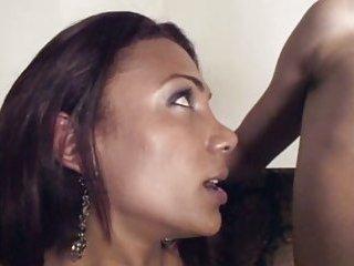 Stud gets barebacked by active Tgirl