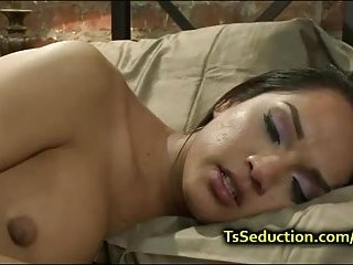 Tranny fucks ass and cums on dick of guy
