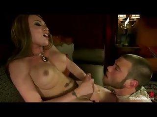 Sucking Mia's splendid she cock