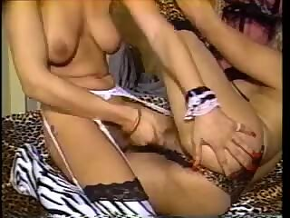 This vintage tranny adores her dong sucking