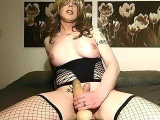 TS Erin cock rub